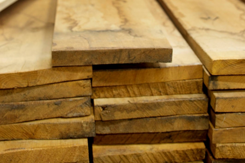 Eikenhout voor de beste prijzen grote voorraad en snel geleverd